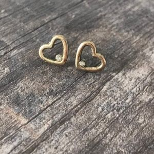 Forever 21 Cutout Heart Gold Toned Studs